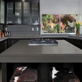 Q Premium Manhattan Gray Quartz Countertops